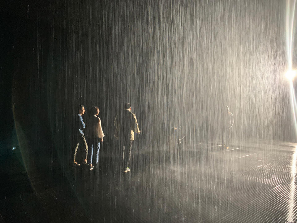 RAIN ROOM by RANDOM INTERNATIONAL,YUZ Museum