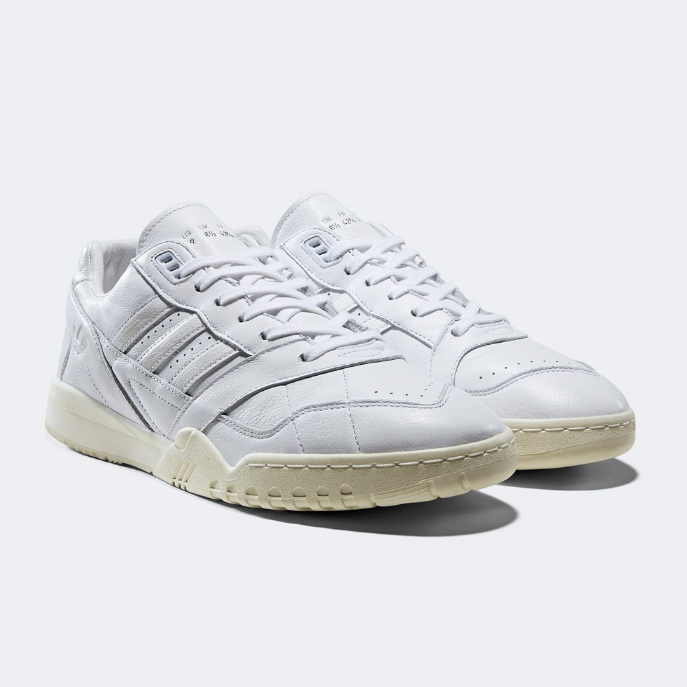 A.R. TRAINER adidas originals